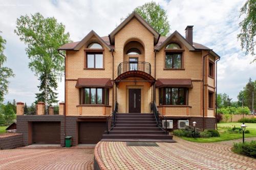 Цвета дома фасад. Цвета фасадов – выбор цветовых решений и правила гармоничного сочетания с дизайном дома
