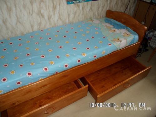 Кровать для подростка своими руками чертежи. Подростковая кровать с выдвижными ящиками